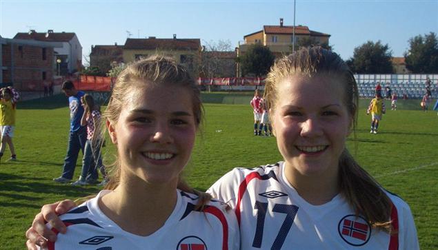 Andrine og Ada Hegerberg